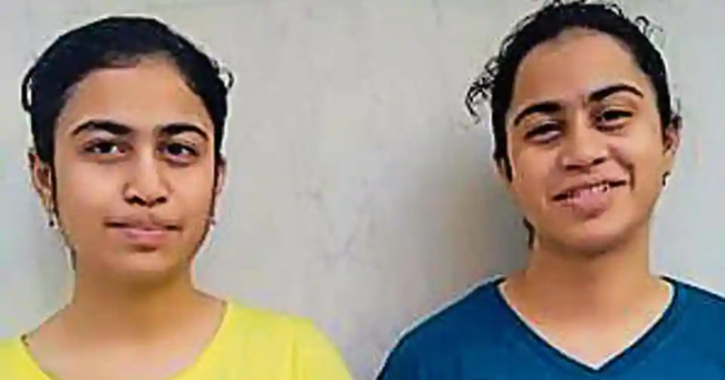 identical twins score same in CBSE Boards