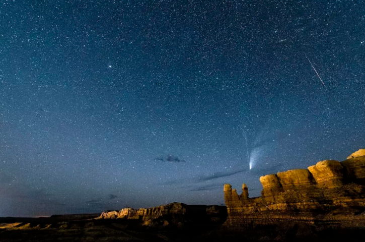 Comet Neowise and a meteor shower