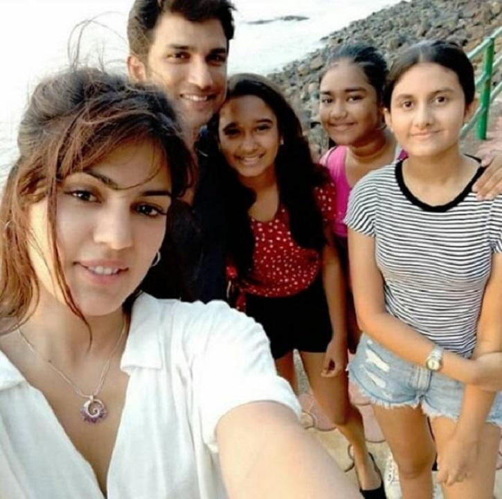 Rhea Chakraborty and Sushant Singh Rajput pictures.