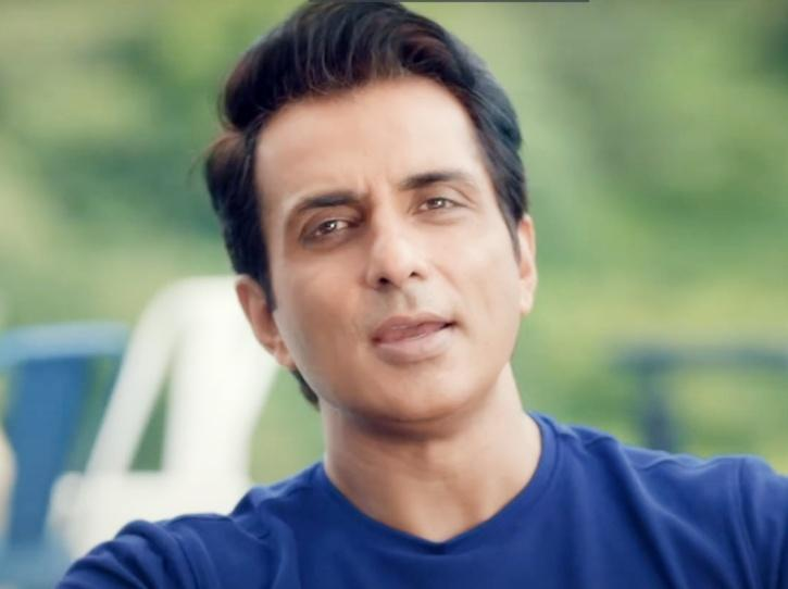 Sonu Sood To Help 400 Families Of Migrants Who Died Or Suffered Injuries While Walking To Home