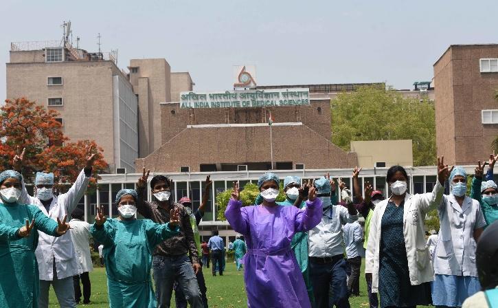 Delhi Doctors Protest,  Doctors Protest, NDMC Hospital,  Doctors Protest Delhi, COVID-19 Doctors Protest, Hindu Rao Doctors Protest