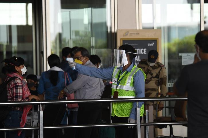 Delhi Airport, Kochi Airport, Flying During COVID-19, Home Quarantine, PPE Kits