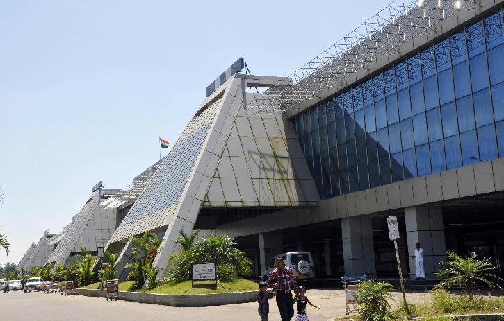 Gold Smuggling, Kerala Gold Smuggling, Gold Smuggling Airport, Kozhikode Airport, Gold Smuggling India