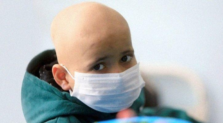 Child suffering from cancer