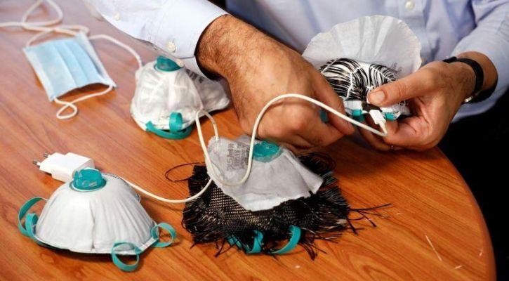 Reusable face mask that heats up with USB to kill Coronavirus