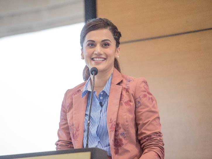Taapsee Pannu, Renuka Shahne And Other Celebs Complain Of