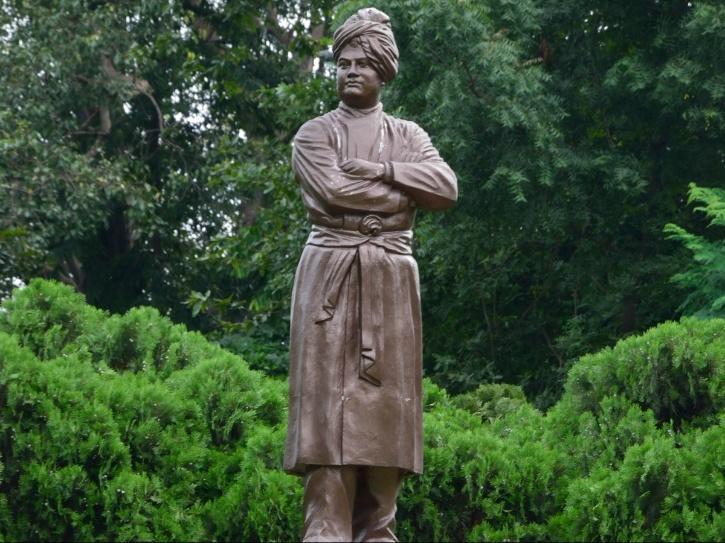 Vivekananda Statue,  Vivekananda Statue Karnataka,  Vivekananda Statue Bengaluru,  Vivekananda Statue Height, Statue Of Unity