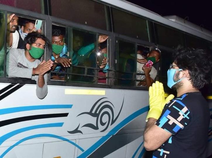 After Sonu Sood, Odia Actor Sabyasachi Mishra Arranges Food, Buses & Flights For Migrant Workers