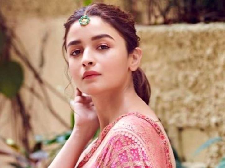 Alia Bhatt Shares Important Message For Everyone, Reminds People Not To Waste Water Amid Coronavirus