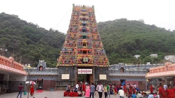 Sri Durga Malleswara Swamy Varla Devasthanam Vijayawada