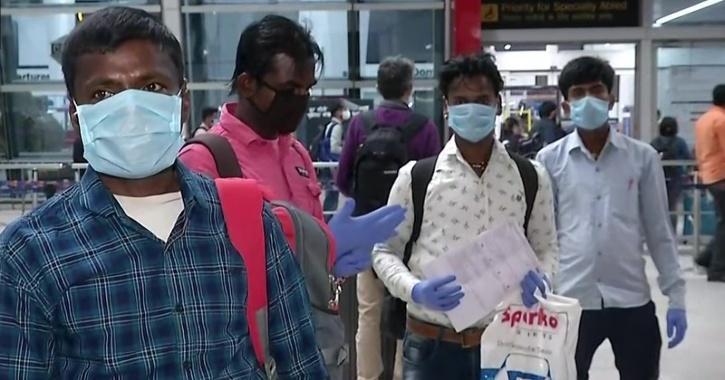 Migrants delhi farmer