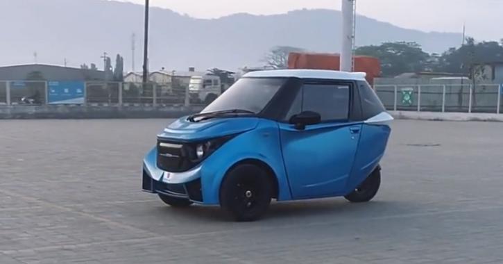 Strom R3 Reverse Electric Trike