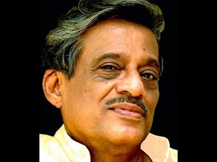 A Week After Testing Positive For COVID-19, Veteran Marathi Writer Ratnakar Matkari Passes Away