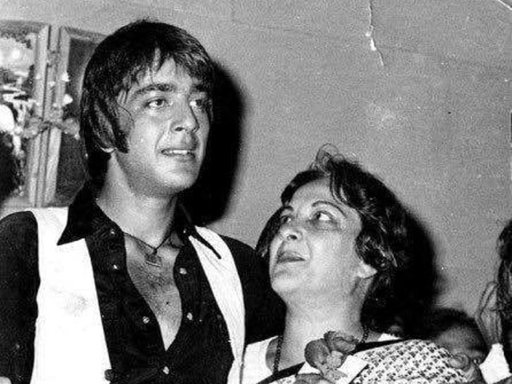 Sanjay Dutt with mother Nargis.