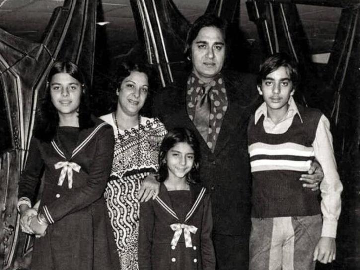 Sanjay Dutt childhood photos with father Sunil Dutt.