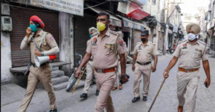 Polic station in Amritsar refuses Diwali gifts