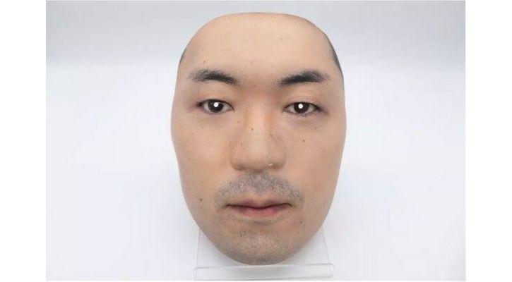 Kamenya Omoto face mask