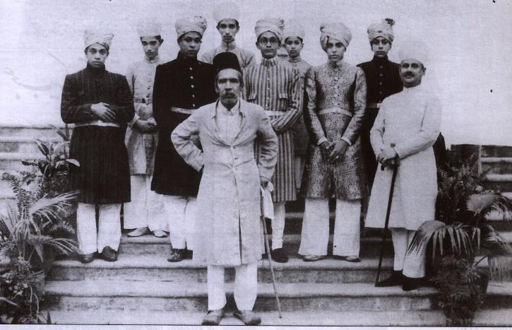 Hyderabad Nizam, Hyderabad Nizam Wealth, Hyderabad Nizam Fund, Hyderabad Nizam Family, Hyderabad Nizam UK Bank