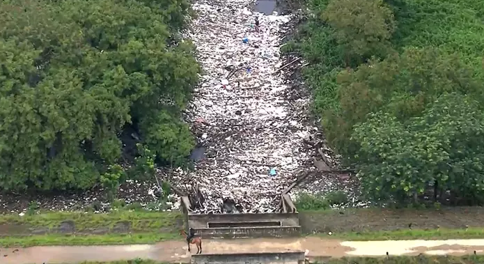 Brazil river polluted