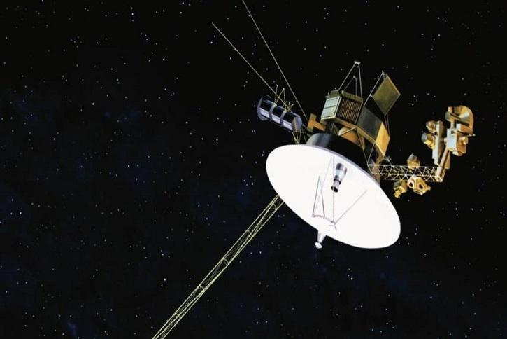 NASA's Voyager 2 Sends Back Its First Message