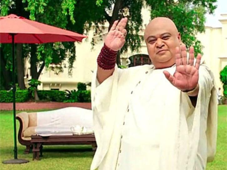 Saurabh Shukla as Tapasvi Maharaj PK