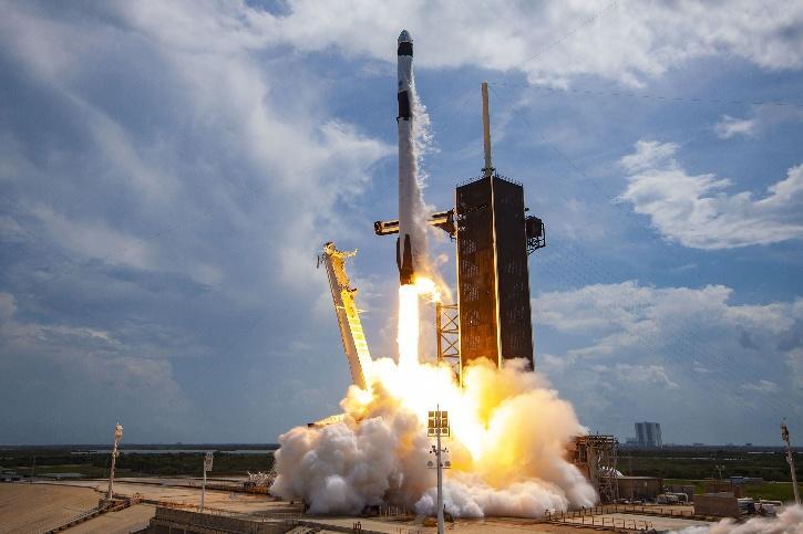 Space X falcon 2018