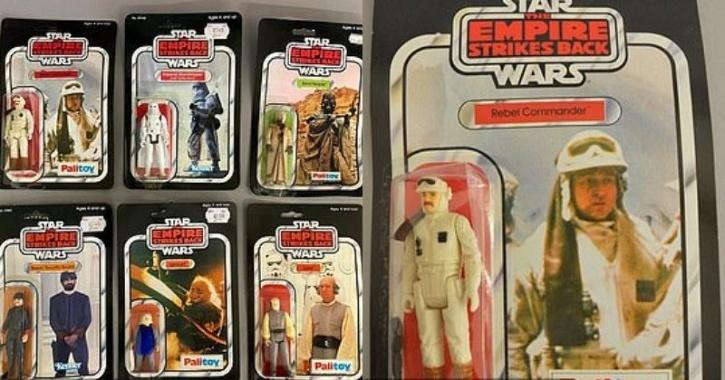 set of 6 Empire Strikes Back Star Wars action figures  was sold for £8,200