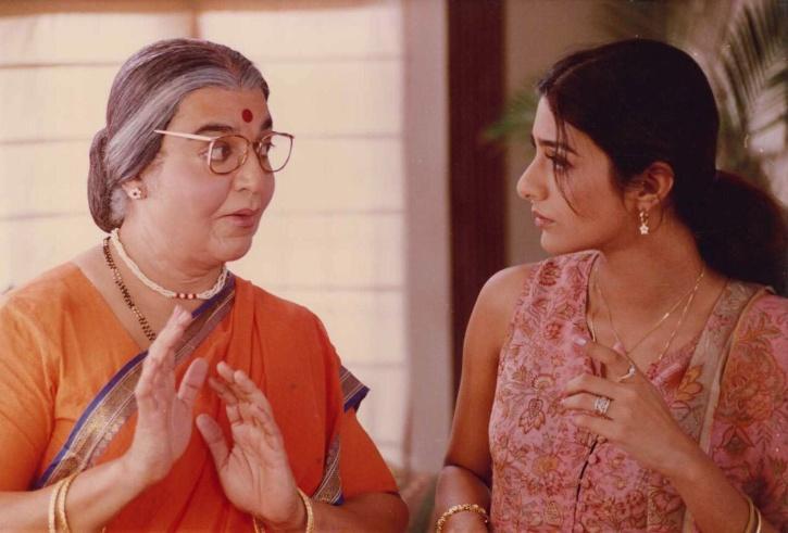 Tabu and Kamal Haasan in Chachi 420
