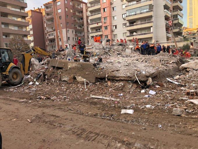 quake-turkey-girl-5fa282d1ee454