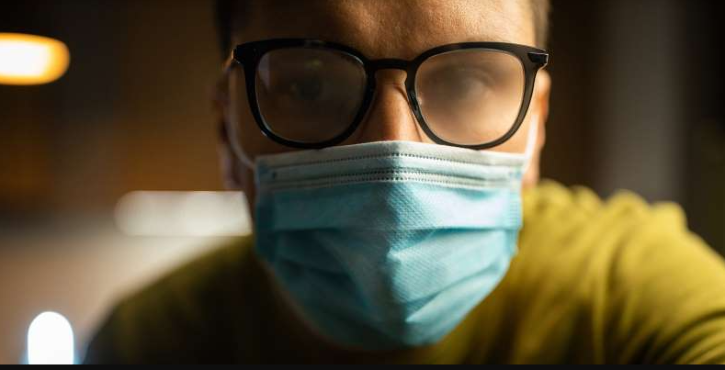 A doctor shared a simple yet clever hack to stop your glasses from fogging up while wearing face masks.