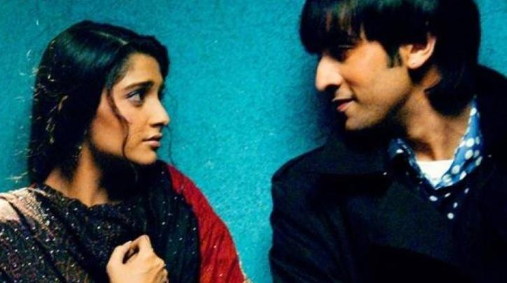 Sonam Kapoor and Ranbir Kapoor in Saawariya / Twitter