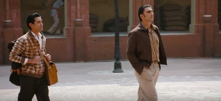 Vikrant Massey and Ranveer Singh in Lootera / IMDB