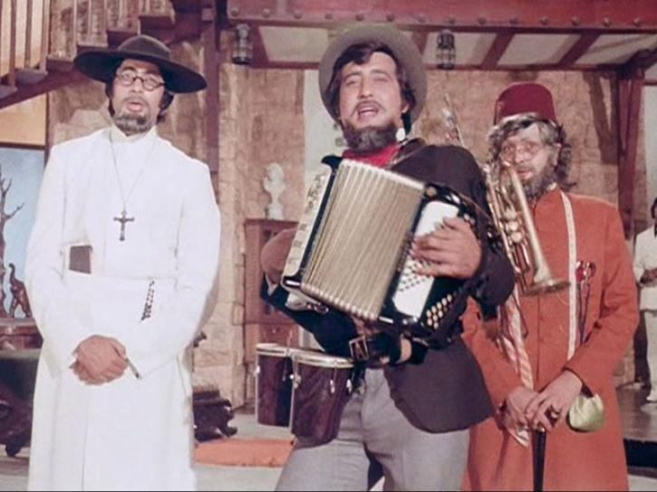 Did you know Kader Khan wrote dialogues for Amar Akbar Anthony?