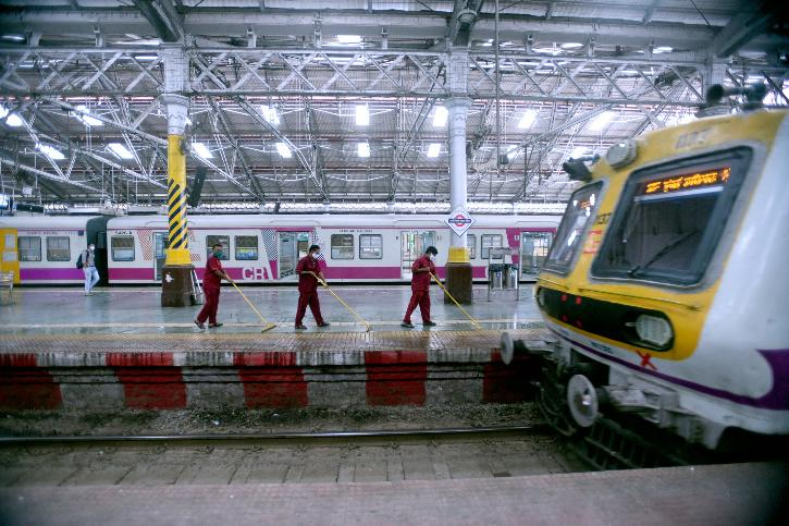 Mumbai Dabbawalas, Mumbai Local Trains, Maharashtra Government, Maharashtra Lockdown