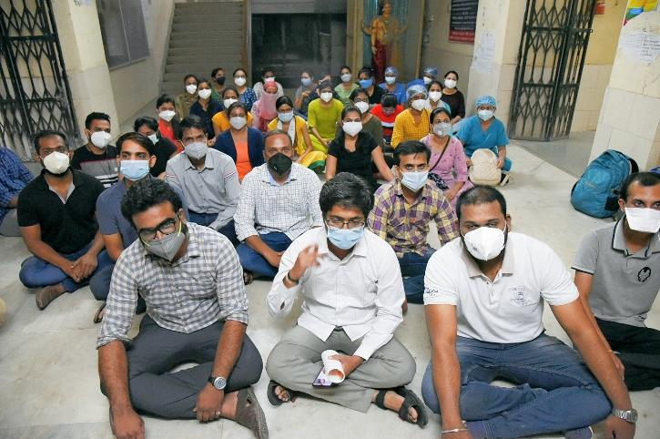 Hindu Rao Doctors Protest