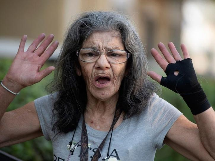 67 years old lady ninja saved her friend