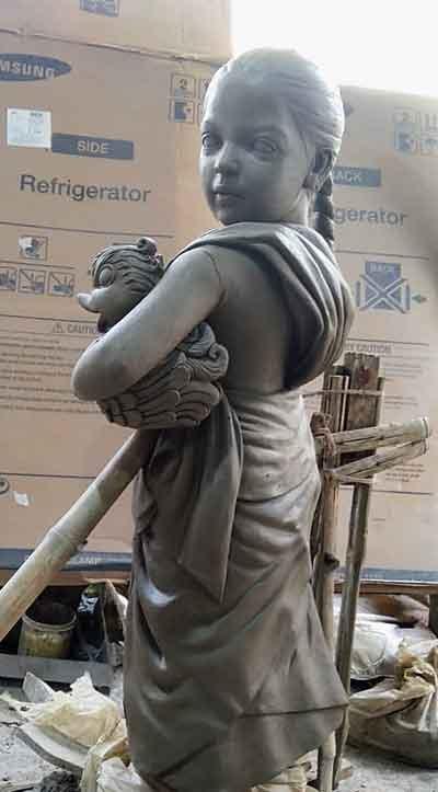 idol of migrant worker