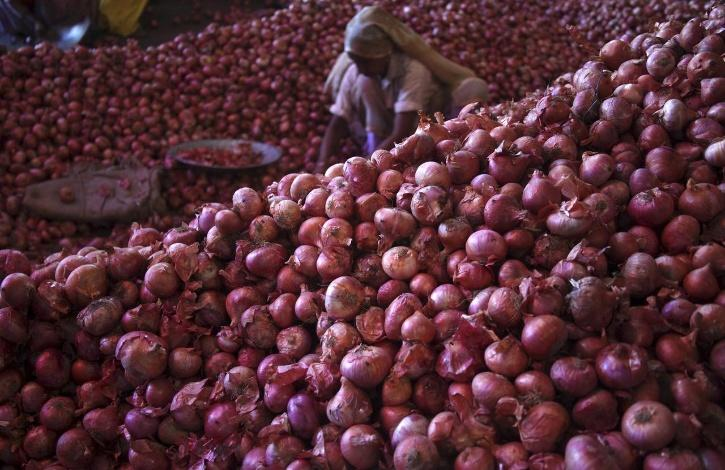 Pune Rural Police has arrested the four, for stealing 58 bags of onions from the farmer on October 21