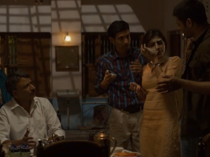 Mirzapur season 1 recap: Ramakant Pandit, the idealist lawyer who is the father of Guddu, Bablu and Dimpy.