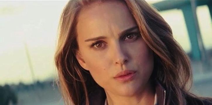 Natalie Portman / Deadline