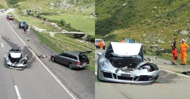Crash of three expensive cars