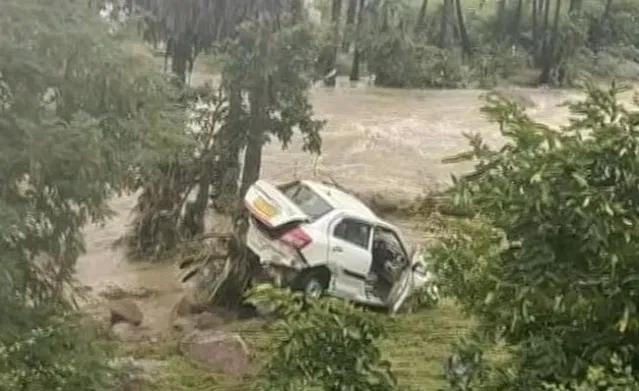 car-floods-last call hyderabad man washed away