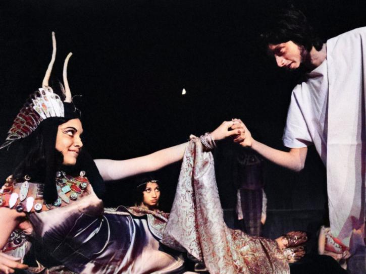 Mira Nair As Cleopatra & Shashi Tharoor As Antony