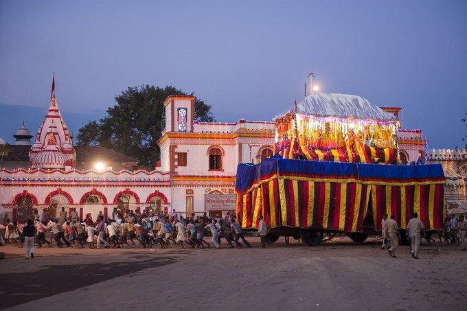 chariot in dussehra in Bastar