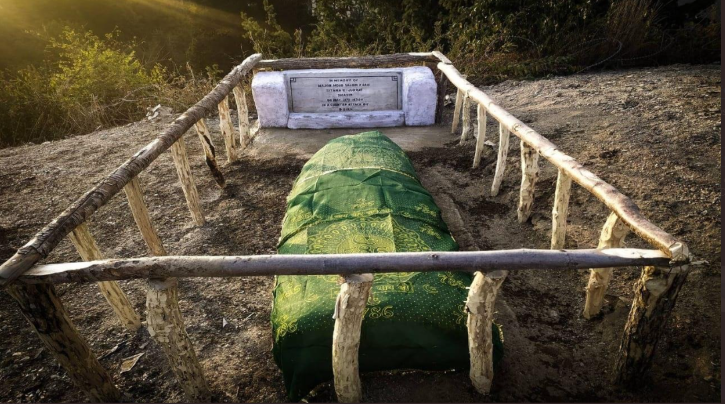 Indian Army restores damaged grave of Pak officer