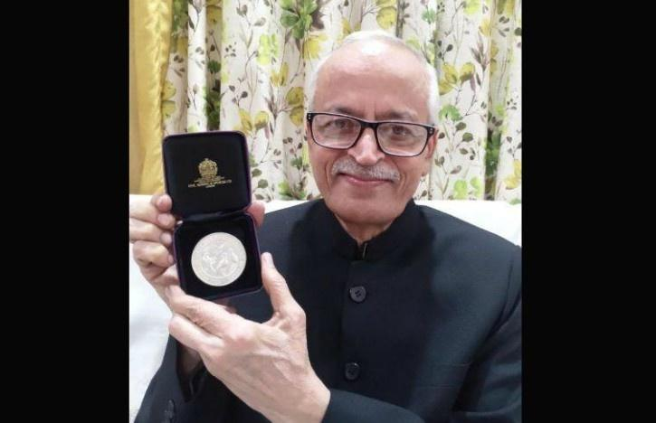 Ram Jakati, Ram Jakati  Vultures, Medal for Outstanding Contribution to Nature Conservation, Indian Vultures, Royal Society for the Protection of Birds