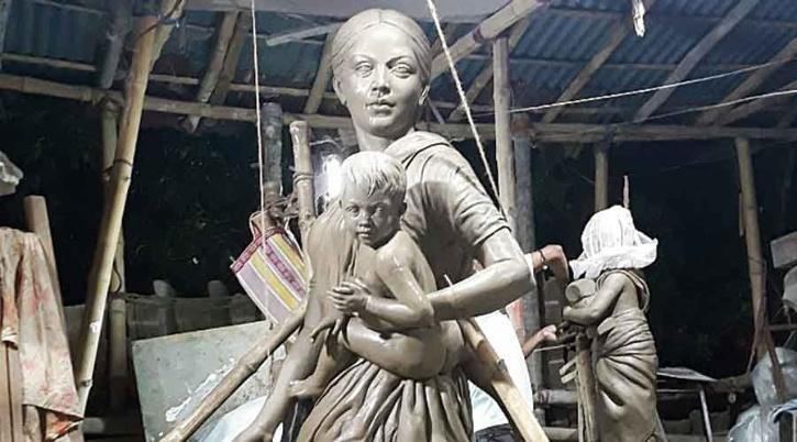 Idol of migrant laborer to replace that of Durga ma