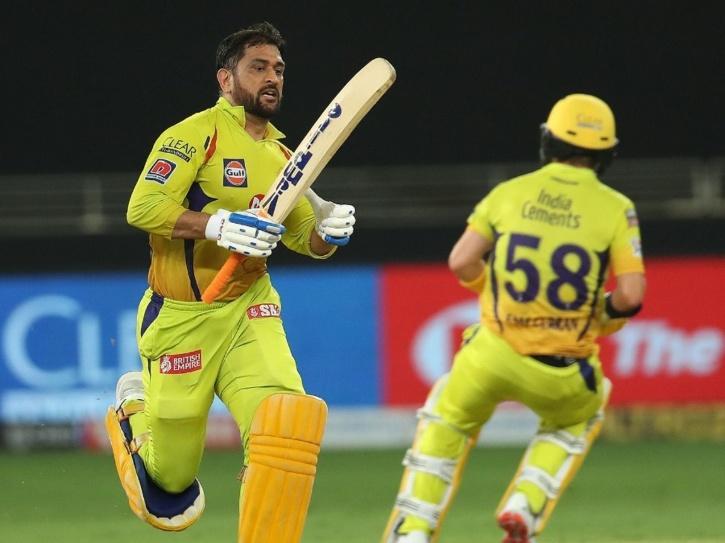 Virender Sehwag Takes A Dig At CSK Batsmen