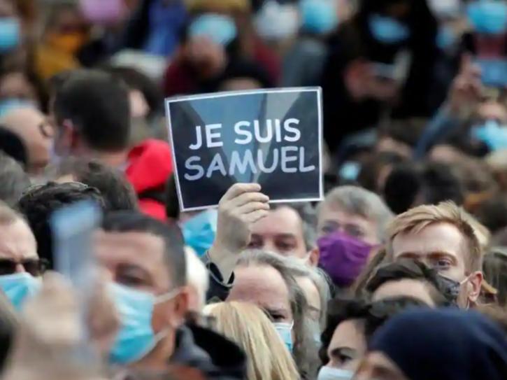 protest-paris-teacher-beheading-5f993ca9a3e97