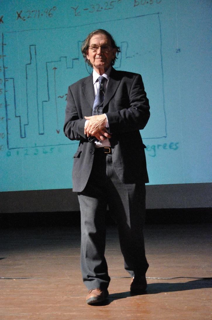 Roger Penrose at a lecture